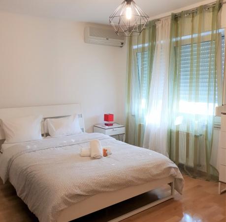 Spacious bedroom in Cessange