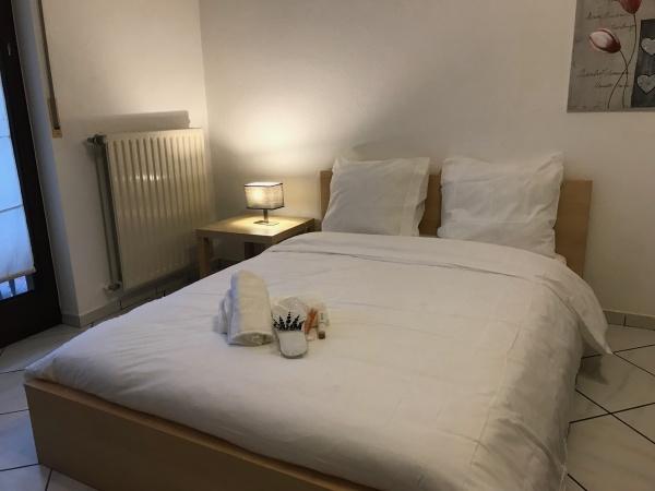 Nice Bedroom in Bertrange