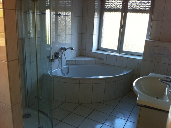 Nice double room in Cessange