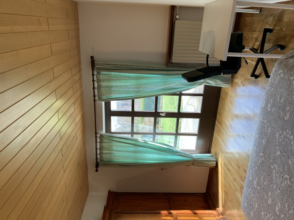 Nice Room in Cents Area